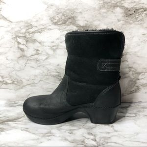 Dansko Black Stormy Ankle Boot With Sherpa